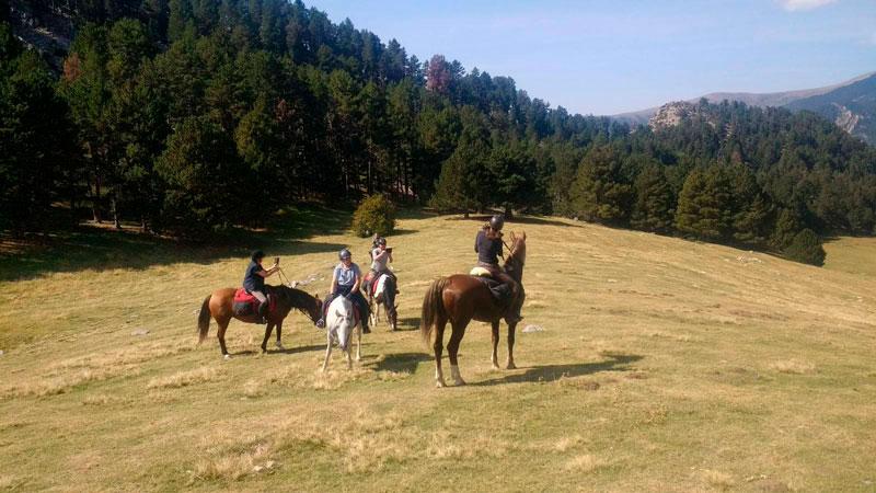 ruta a caballo pirineo