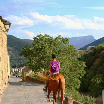paseos en caballo pirineos