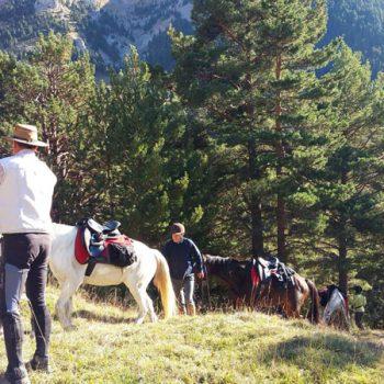 rutas a caballo pirineo aragones