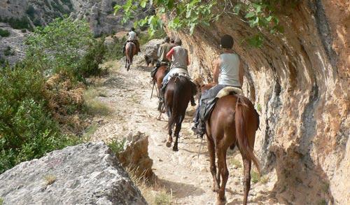 ruta a caballo por la sierra de guara