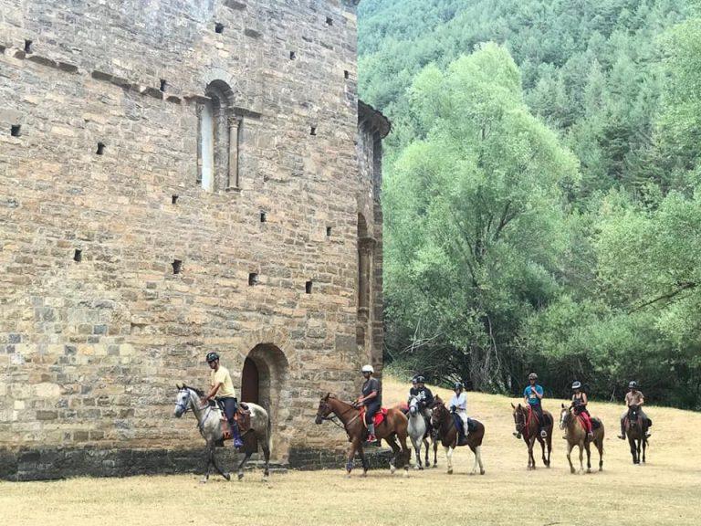 rutas a caballo en el pirineo