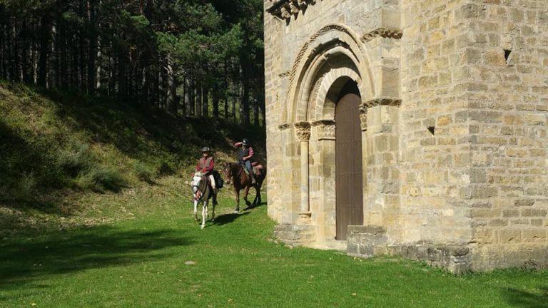 pirineo ecuestre rutas y paseos a caballo