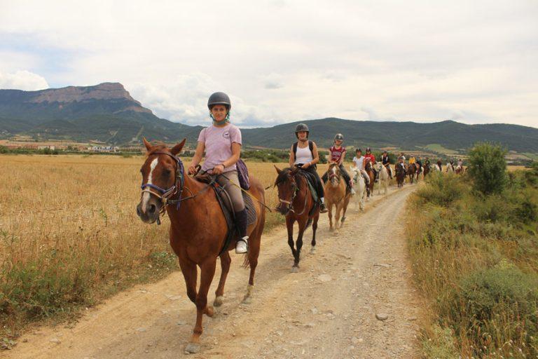 escuela de equitacion en jaca